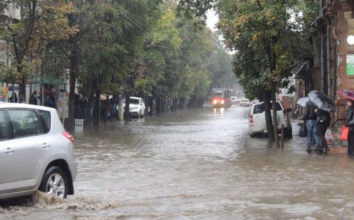 В Краснодаре дождь нарушил