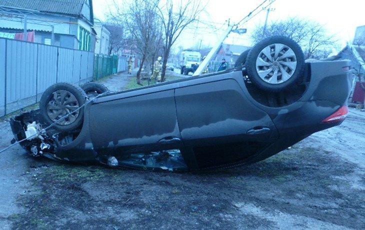В Приморско-Ахтарске пьяная автоледи устроила ДТП