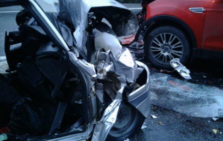 В Сочи в лобовом ДТП погиб 52-летний водитель