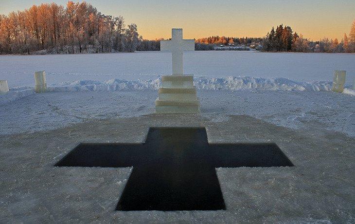 В Горячем Ключе во время крещенского купания умер пенсионер