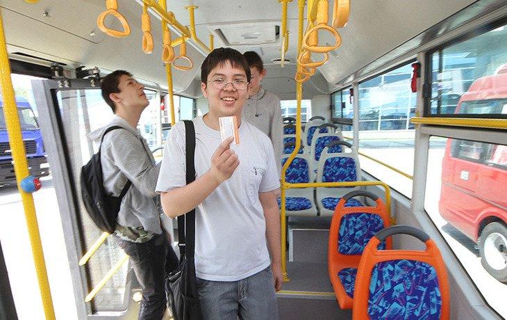 В Сочи школьники-отличники будут бесплатно ездить на общественном транспорте