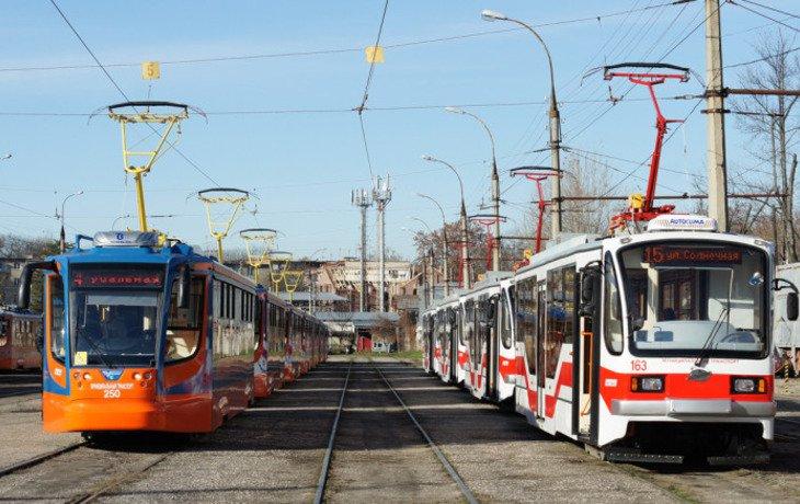 Проезд в краснодарских трамваях придется оплачивать в безналичной форме