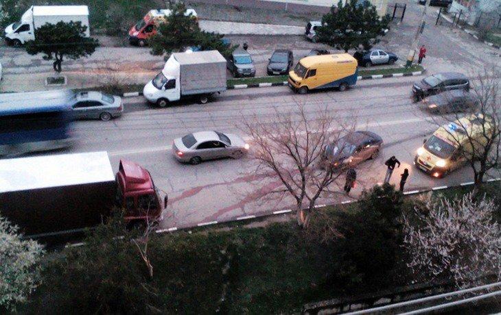 В Новороссийске в жестком ДТП пострадала девушка