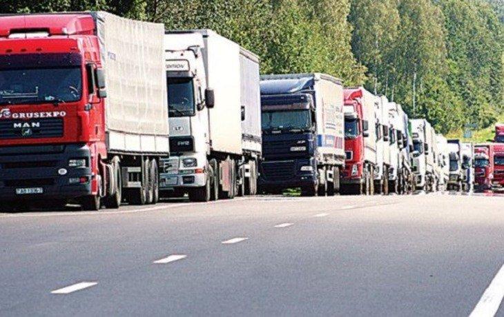 Власти Сочи летом ограничат движение большегрузов на трассе «Сочи – Джубга»