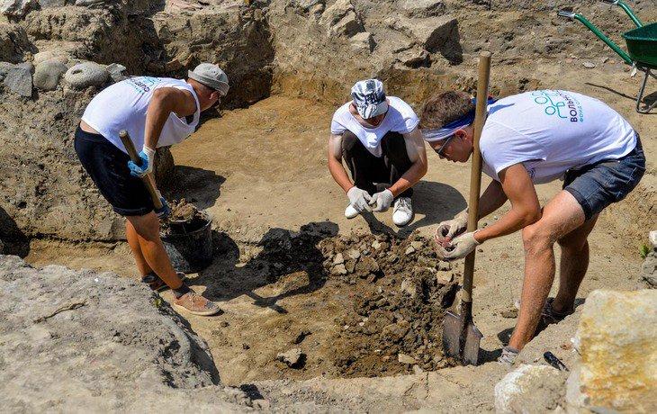 На Тамани 20 мая возобновятся археологические раскопки