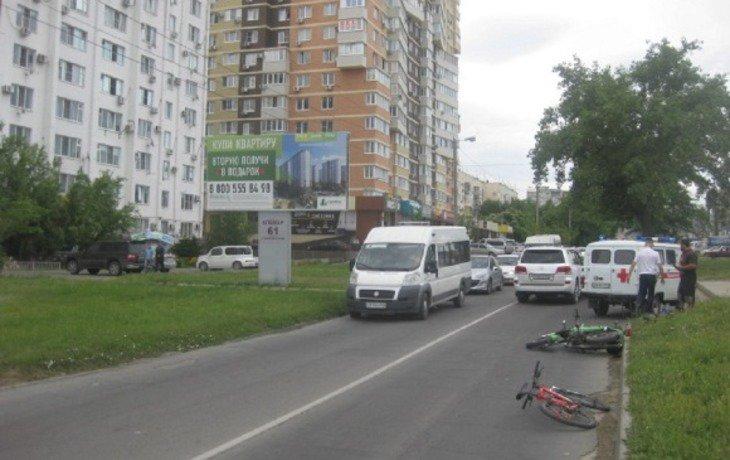 В Анапе пьяный мотоциклист сбил девушку на велосипеде