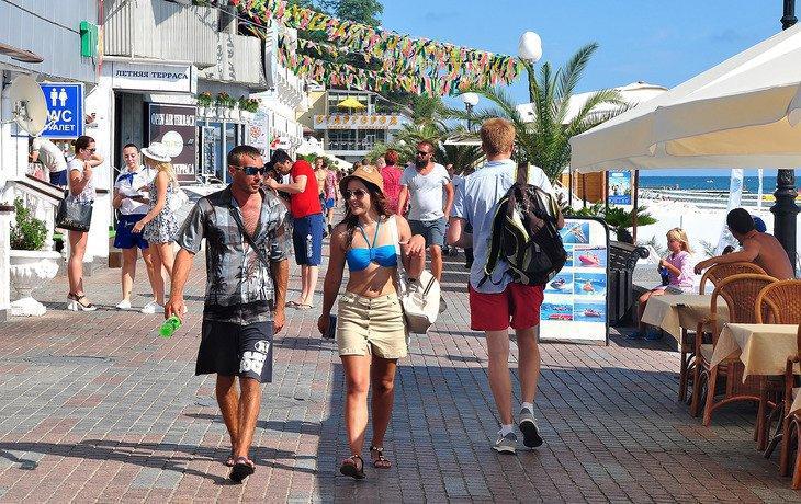 Сочи и Краснодар вошли в лучшую десятку российских туристических городов
