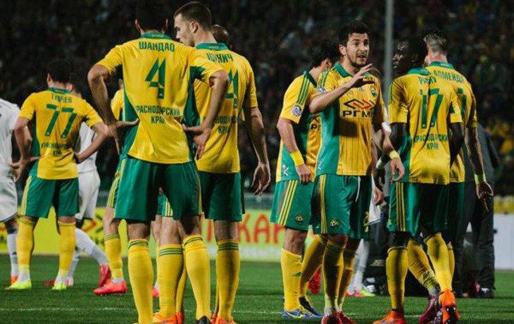 Футболистам «Кубани» выплатили зарплаты за один месяц