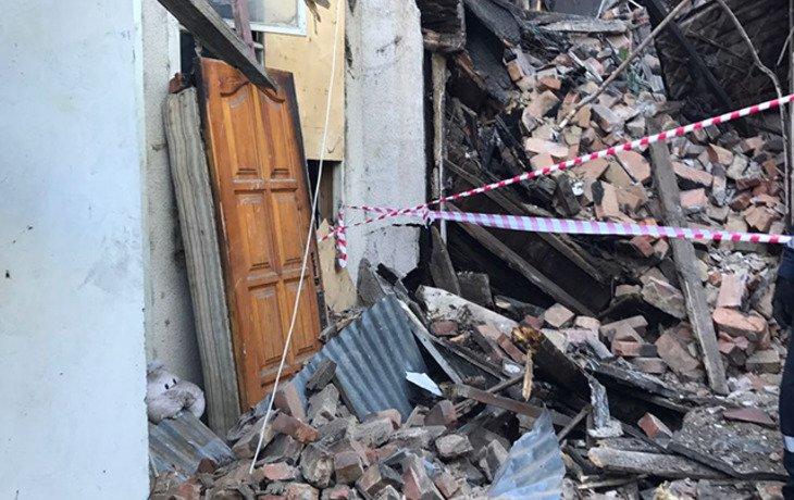 В центре Сочи рухнул аварийный дом